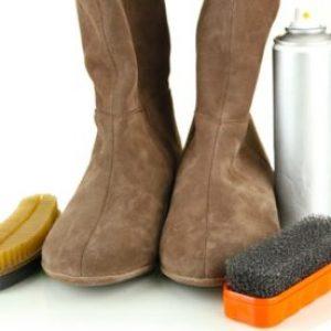 Догляд за замшевим взуттям будинку: вибір засобу і правила чищення