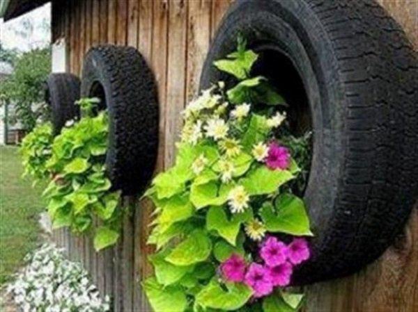 Поделки из колес в огороде