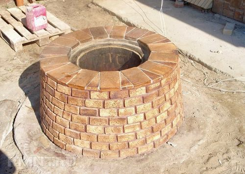 Как сделать круглый мангал из кирпича своими руками 11