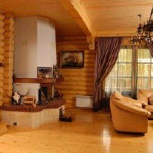 Установка каміна в дерев'яному будинку: особливості і правила
