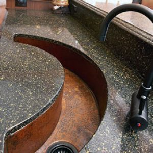 Раковина зі штучного каменю у ванну кімнату: вибір, чим і як мити?