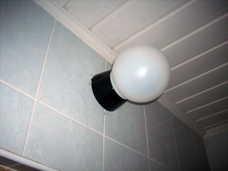Светильник в туалет настенный своими руками 2