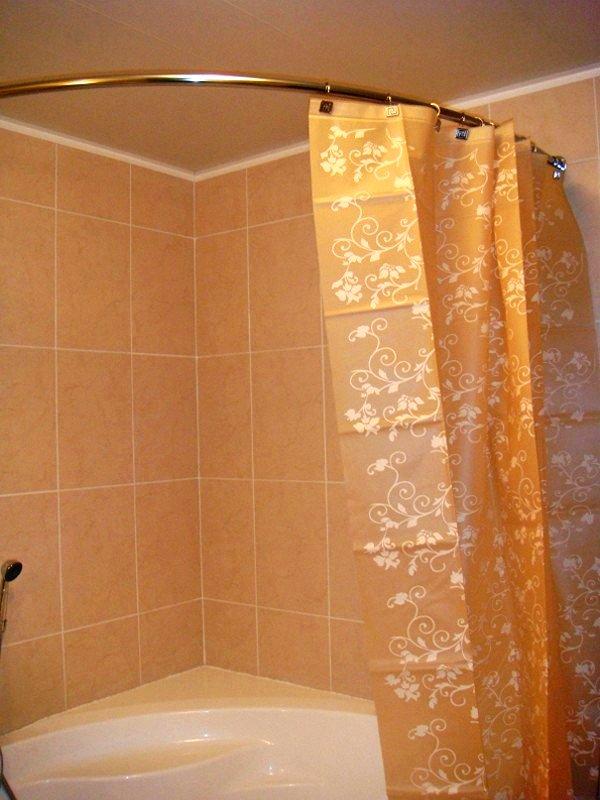 Карниз для шторки в ванную круглый