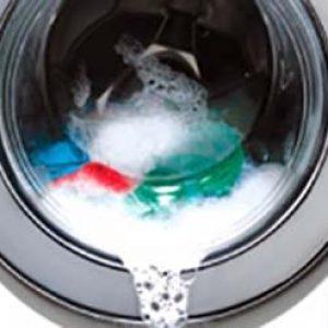 Пральна машина не зливає воду: що робити і які причини?