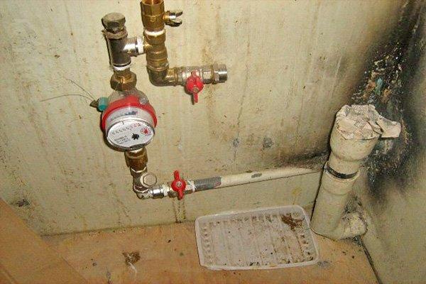 Установка счётчика воды в частном доме