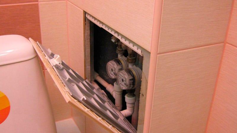 Как сделать дверцу с плиткой в ванной