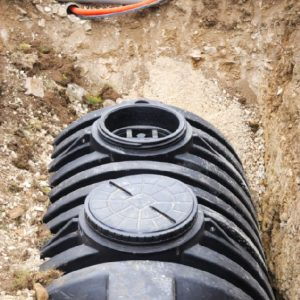 Вигрібна яма в приватному будинку — типи пристрою, варіанти розташування і тонкощі монтажу