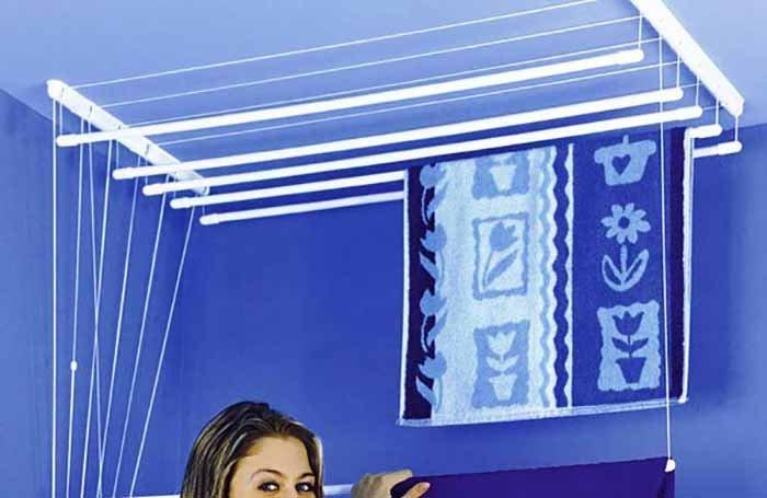 Как повесить потолочную сушилку на балконе или в ванной комн.