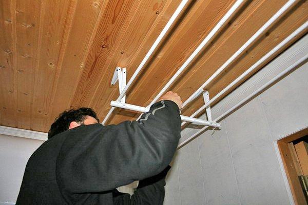 Сделать веревки на балконе для белья своими руками 11