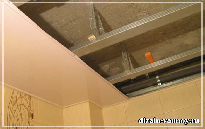 Установка панели пвх потолка видео