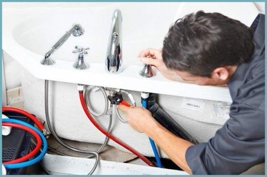 Как установить смеситель в ванной своими руками видео 176