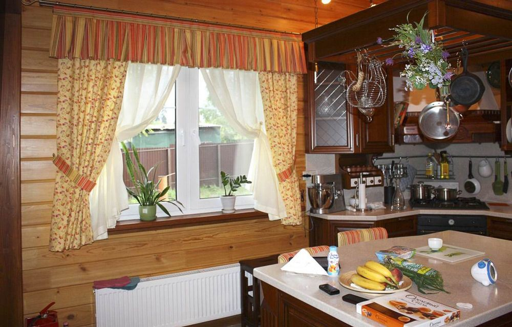 Дизайн кухни на даче в деревянном доме своими руками 28
