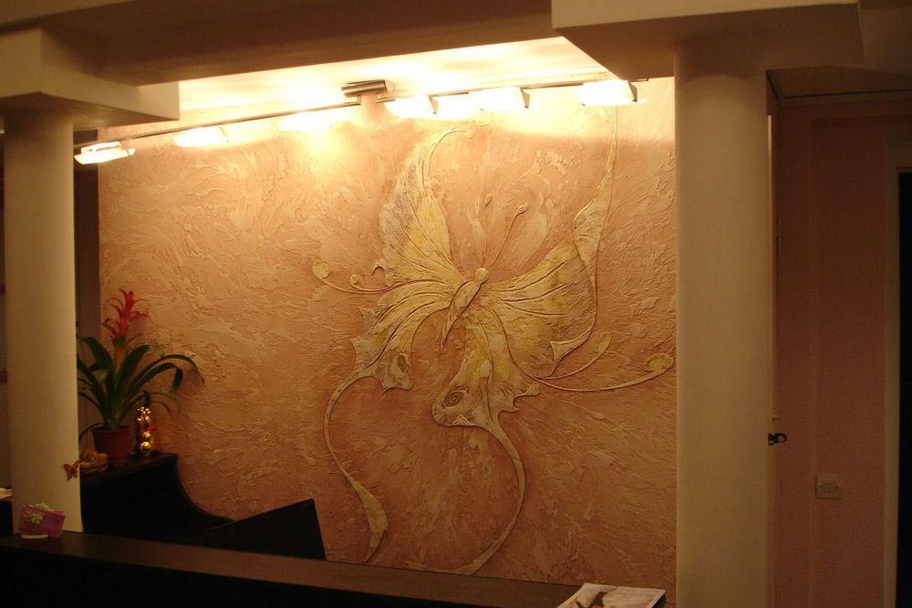 Фактурная штукатурка на стене своими руками