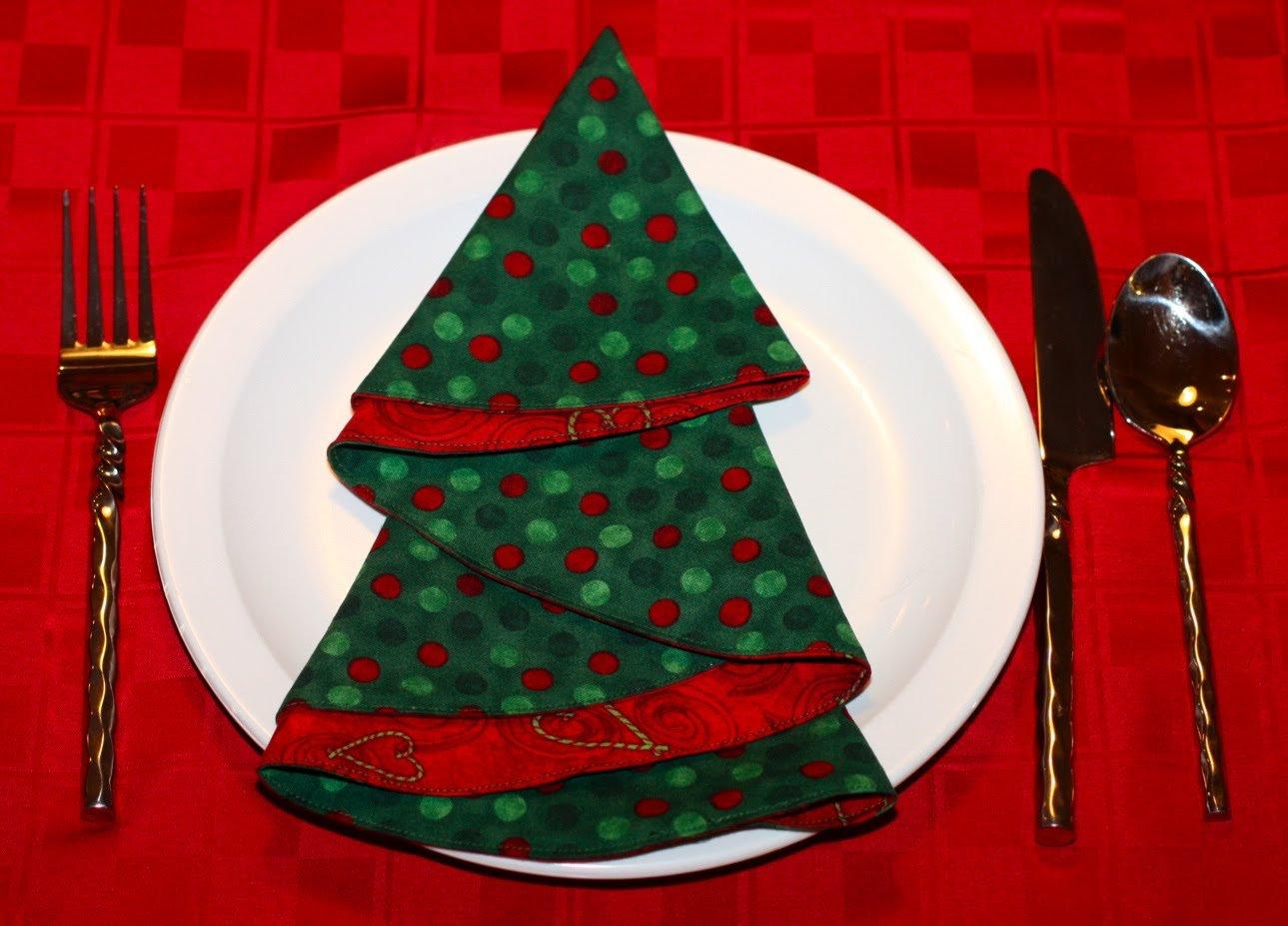 Как красиво сложить салфетки на праздничный стол 12 простых пошаговых 33