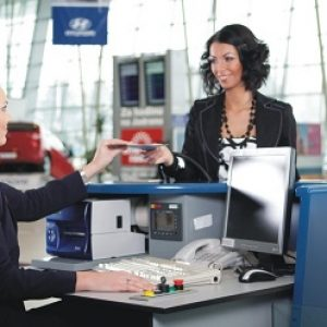 Діалог англійською в аеропорту – як зареєструватися і запитати напрямок