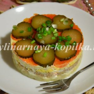 Салат з печінки тріски: рецепт з фото дуже смачний, покроковий