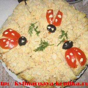 Закусочний торт з пісочного тіста