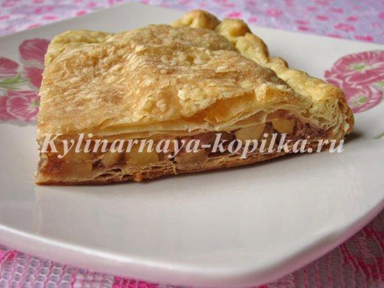 пироги из слоеного теста рецепты с фото с начинкой