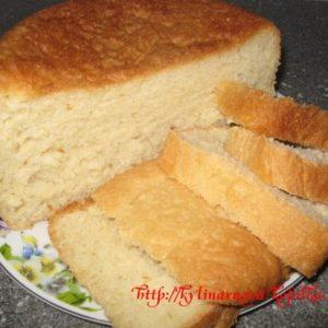 Пшеничний хліб в мультиварці