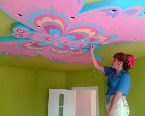 Раскрашиваем потолок своими руками 10