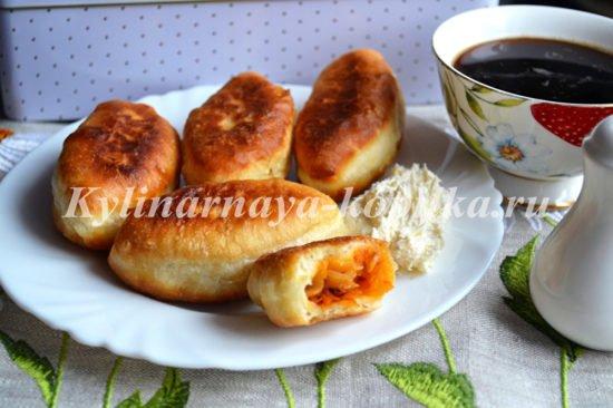 Пирожки с капустой на сковороде фото рецепт