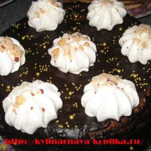 """Рецепт бісквіта в мультиварці для """"Королівського"""" торта"""