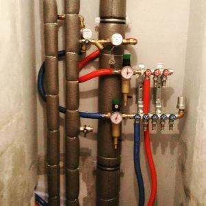 Монтаж каналізації є обов'язковим при ремонті ванної