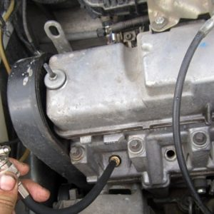 Вимірювання компресії в циліндрах двигуна — перевірена методика виявлення несправностей своїми руками