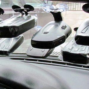 Як вибрати і встановити радар-детектор для автомобіля