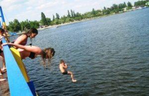 Сниться що впав у річку