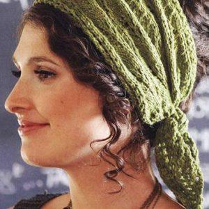 Пов'язка на голову спицями для жінок схема з описом в'язання