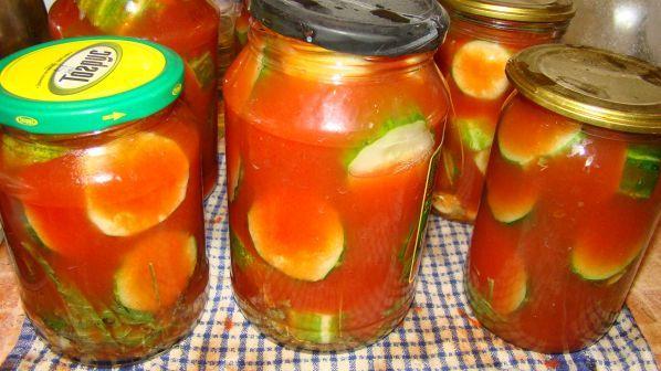 помидоры с огурцами в томатном соке на зиму Кинетика