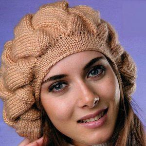 Шапка спицями з товстої пряжі для жінок: пишний бере на осінь