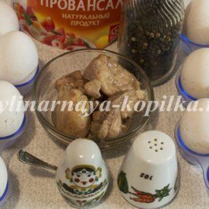 Фаршировані яйця печінкою тріски: рецепт з фото