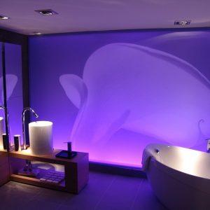 Підсвічування у ванній: варіанти розміщення