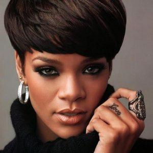 Модні стрижки зірок: які стрижки вибирають знамениті жінки