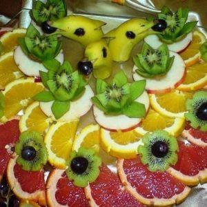 Смачно і оригінально! Фруктова нарізка, фруктовий карвінг — фото ідеї