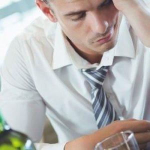 Як вийти із запою: намагаємося самостійно впоратися з проблемою алкогольної залежності в домашніх умовах і знайти вихід з тривалого пивного загулу