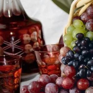 Наливка з винограду: прості рецепти приготування алкогольного напою в домашніх умовах – класичний, слабоалкогольний і швидкий спосіб, з горілкою